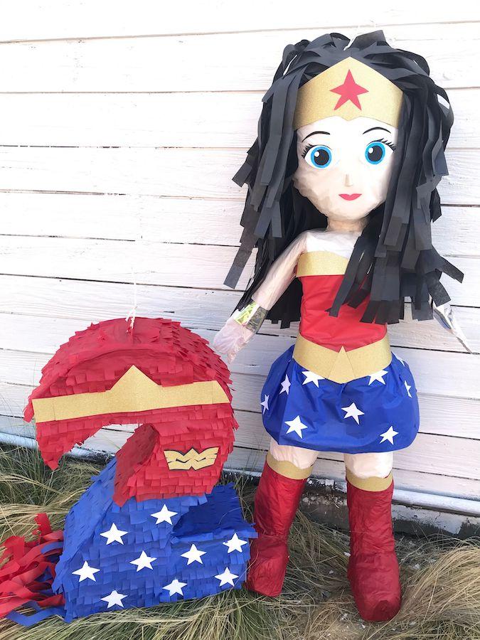 piñata mujer maravilla número
