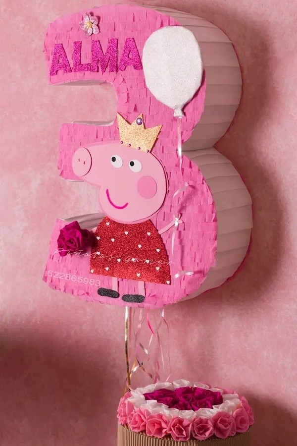 piñatas de peppa pig número tres