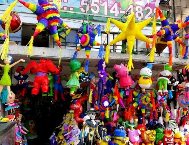 Piñatas en el centro cdmx