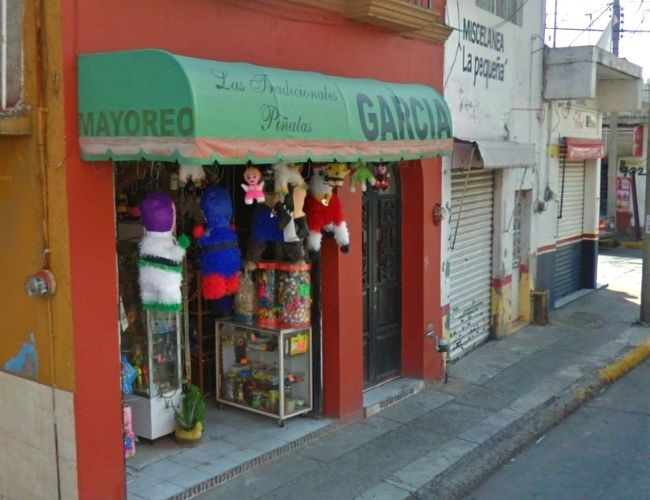 Las Tradicionales Piñatas Garcia