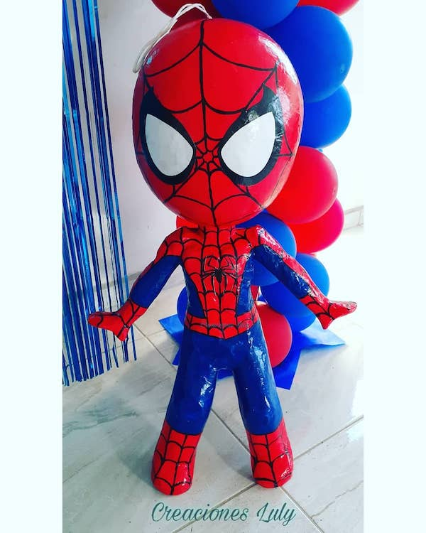 como hacer mini pinatas de spiderman
