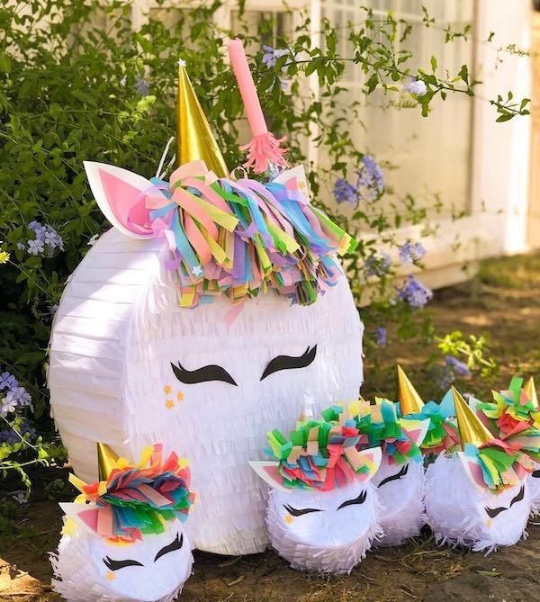 fotos de pinatas de unicornio