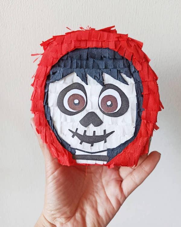 imagenes de piñatas de coco