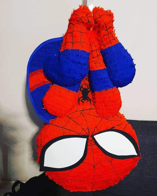 mini pinatas de spiderman