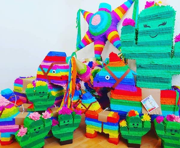 piñatas de burrito cactus