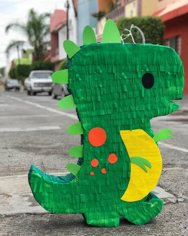 piñatas de dinosaurios rex paso a paso