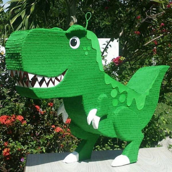 piñatas de dinosaurios verde