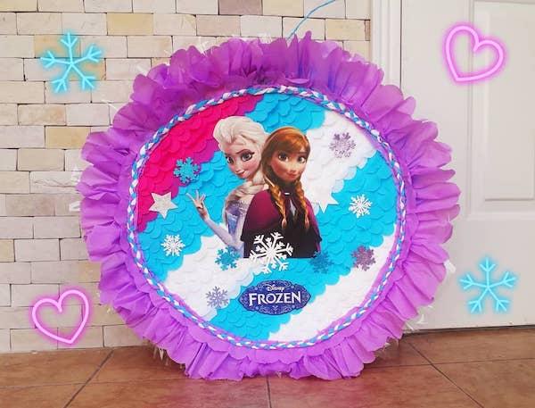 piñatas de frozen redonda
