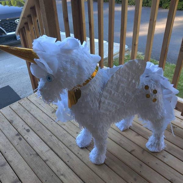 pinatas de unicornio con alas
