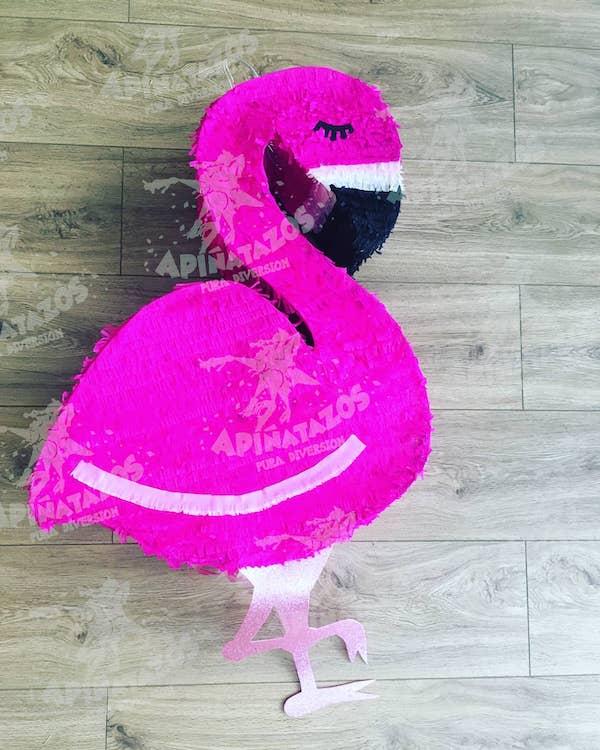 pinata de flamingo paso a paso