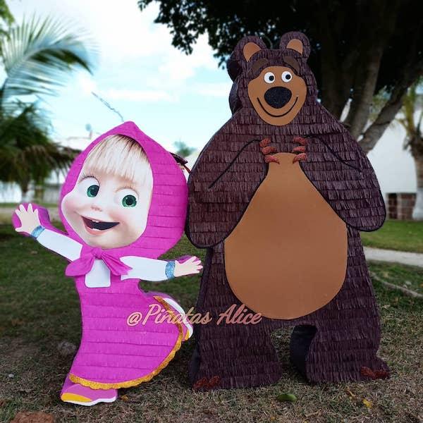 pinata de masha y el oso 2