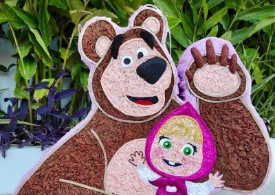pinata de masha y el oso paso a paso
