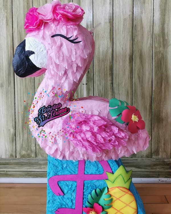 pinatas flamingo